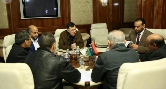 إجتماع رئيس المجلس الرئاسي بشأن دراسة مرتبات لائحة العقود
